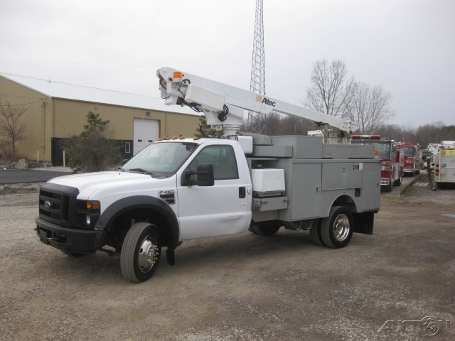 2008 Ford F450 6.8 Auto Altec At200n 35.6