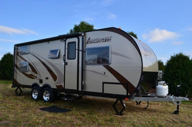 2016 Ford Camplite 21BHS