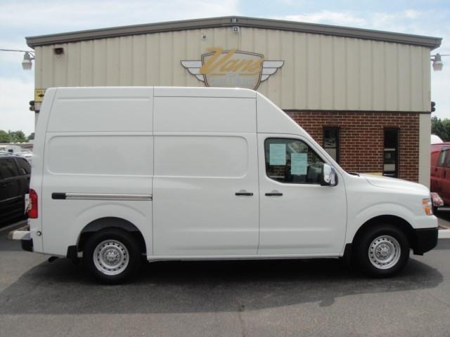 2016 Nissan Nv2500  Cargo Van
