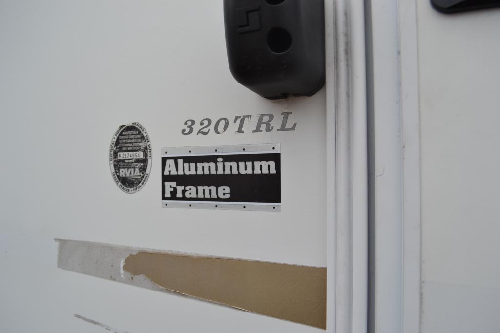 2007 Keystone Laredo 320 TRL