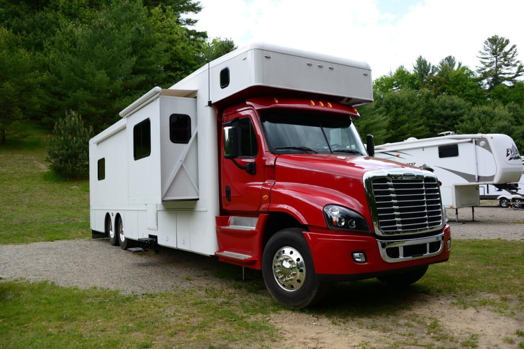 Show Hauler Motorhome Rvs For Sale