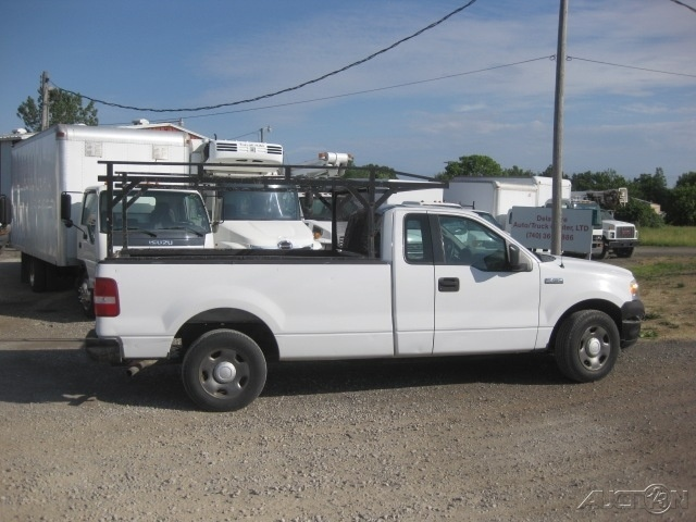 2005 Ford F150 Pickup With Rack F150  Pickup Truck