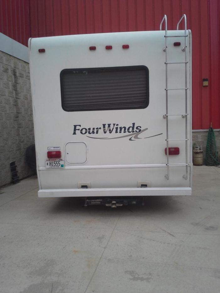 2005 Ford Fourwinds