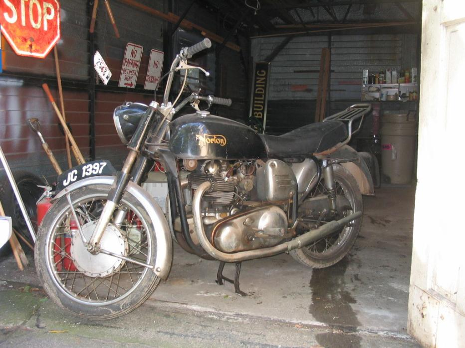 1969 Norton Commando 750