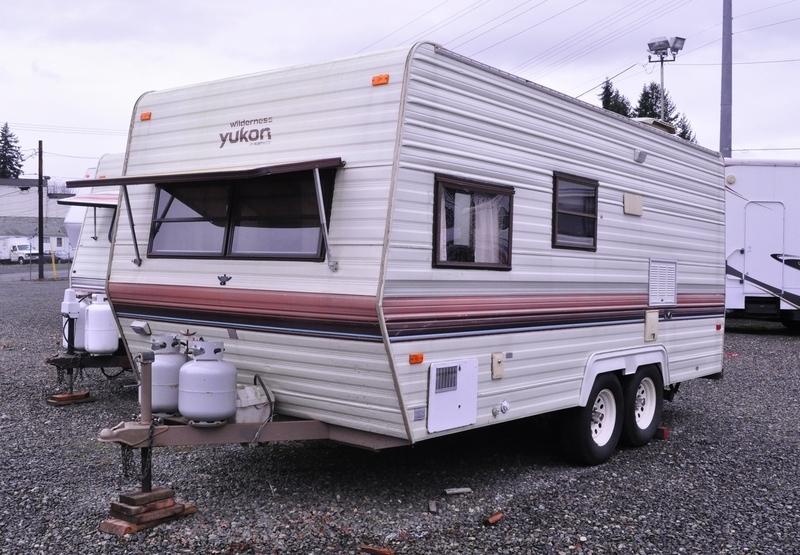 1990 Wilderness Yukon 19E