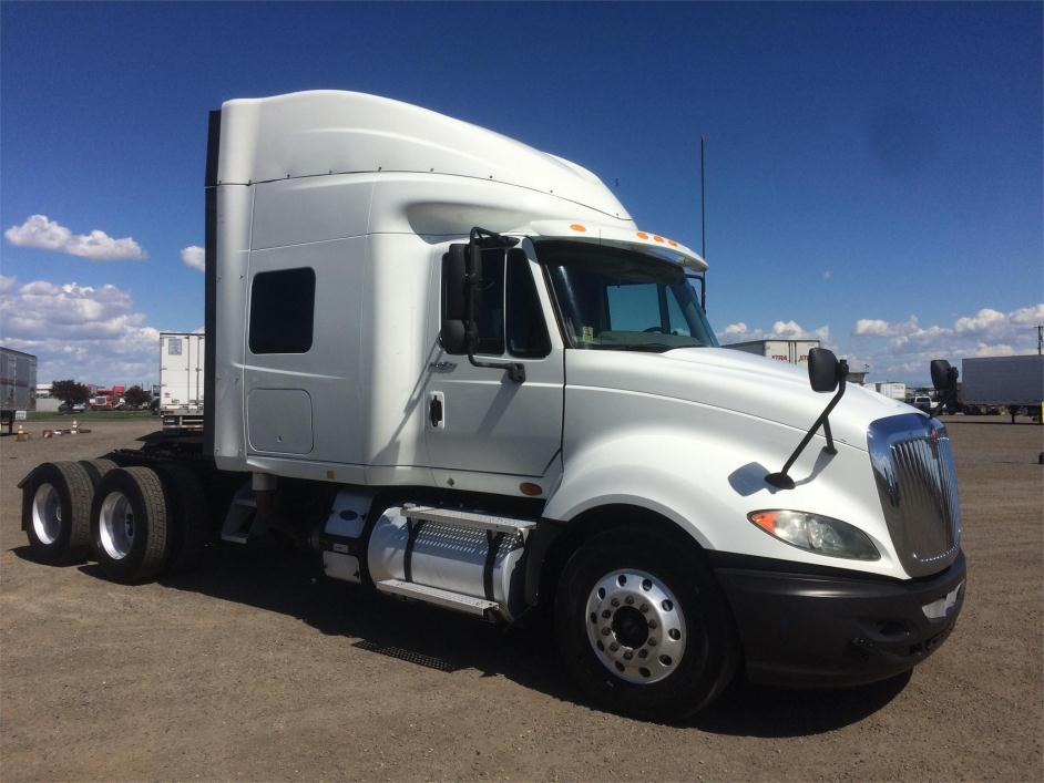 Sleeper Truck for sale in Pasco, Washington