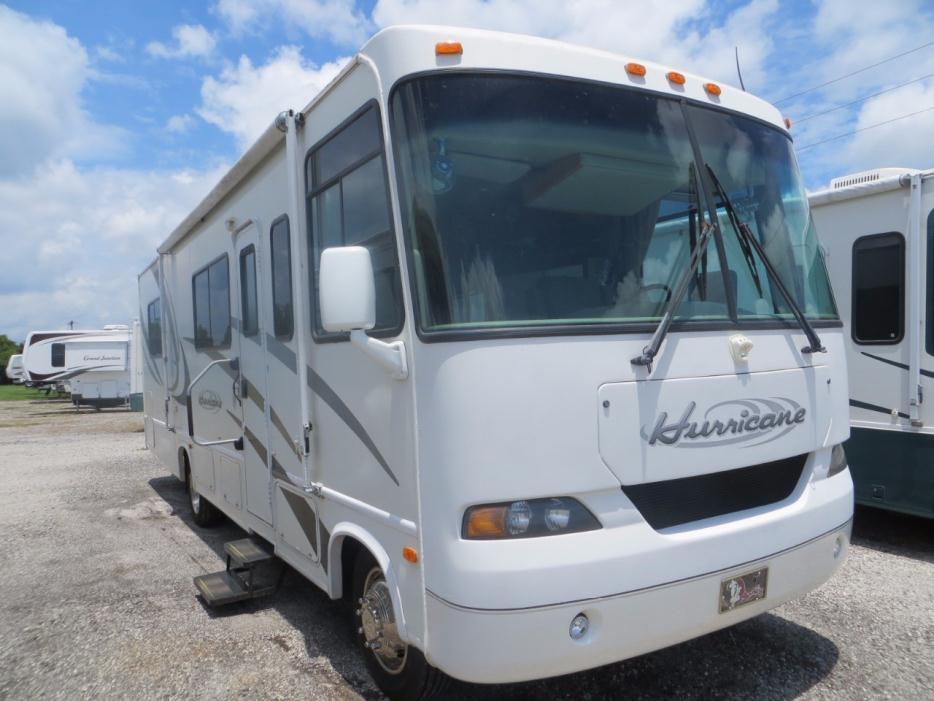 Thor motor hurricane 30q rvs for sale in florida for Thor motor coach hurricane