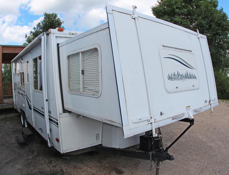 2004 Fleetwood Caravan C25SB