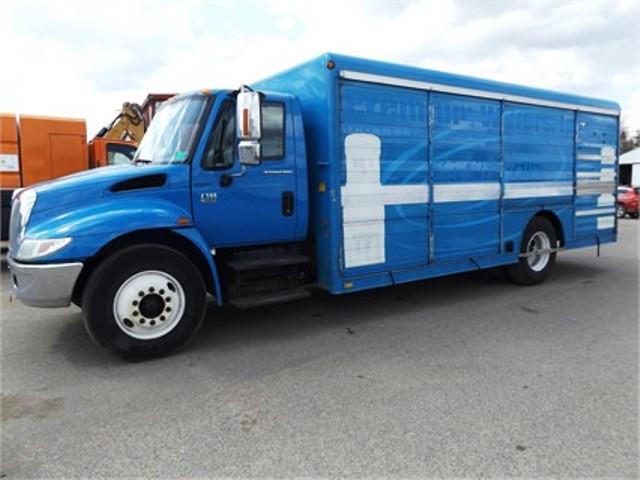 2006 International 4300 Beverage Truck
