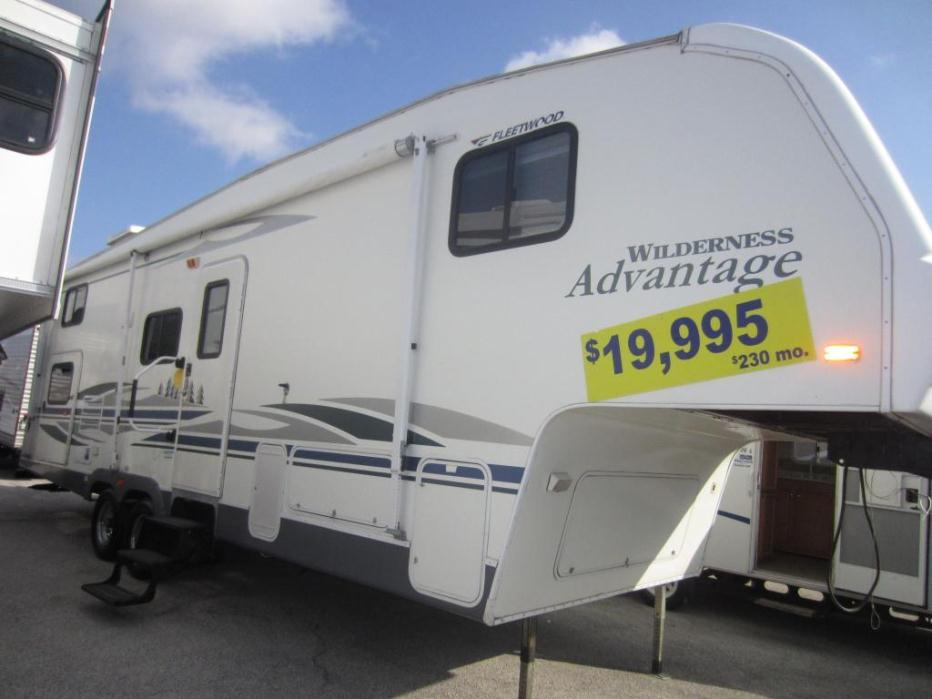 Fleetwood wilderness 2952bs rvs for sale in texas for Motor homes for sale in texas