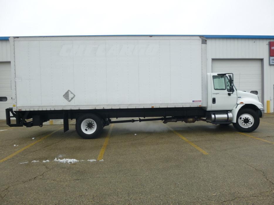 2013 International Durastar 4300  Box Truck - Straight Truck