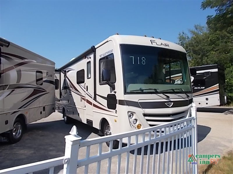 2017 Fleetwood Rv Flair 31B