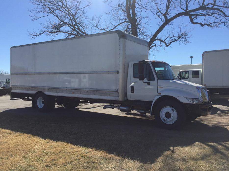 2012 International Durastar 4300 Dry Van