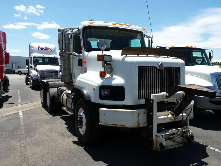 2003 International 5600 Conventional - Day Cab