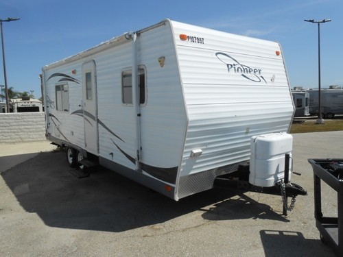 Fleetwood Pioneer 25fq Rvs For Sale