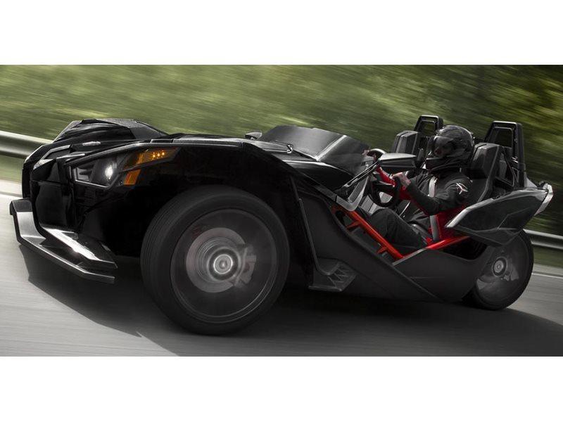 2016 Indian Roadmaster Thunder Black