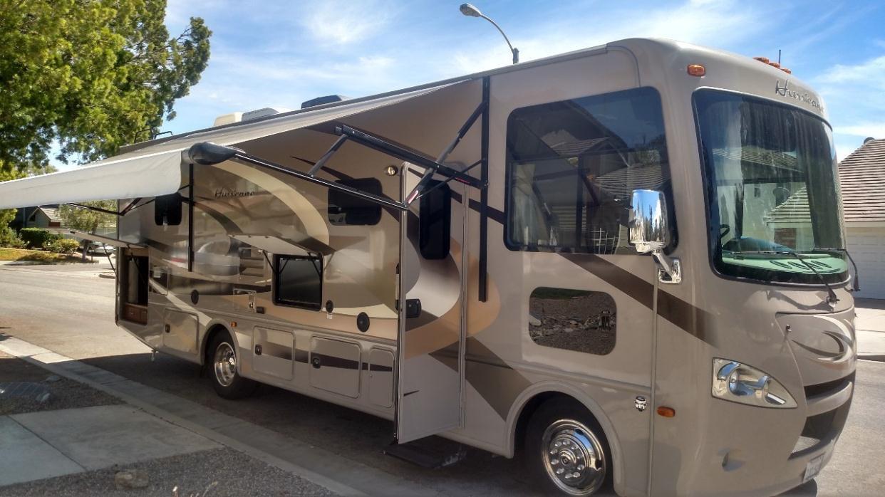 Thor motor hurricane rvs for sale in corona california for Thor motor coach hurricane