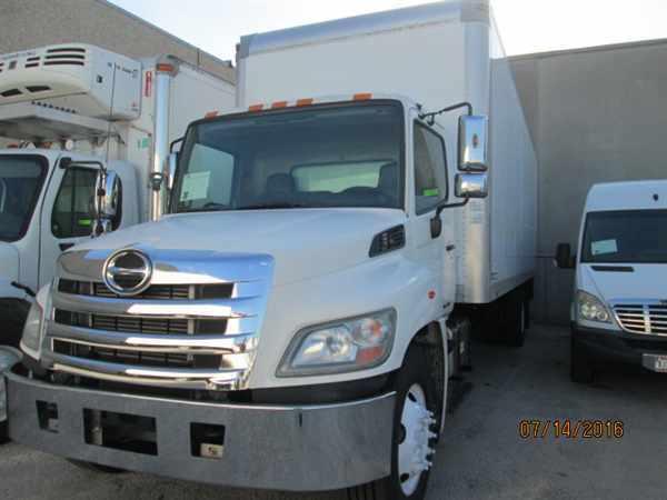 2011 Hino Hino 268  Box Truck - Straight Truck