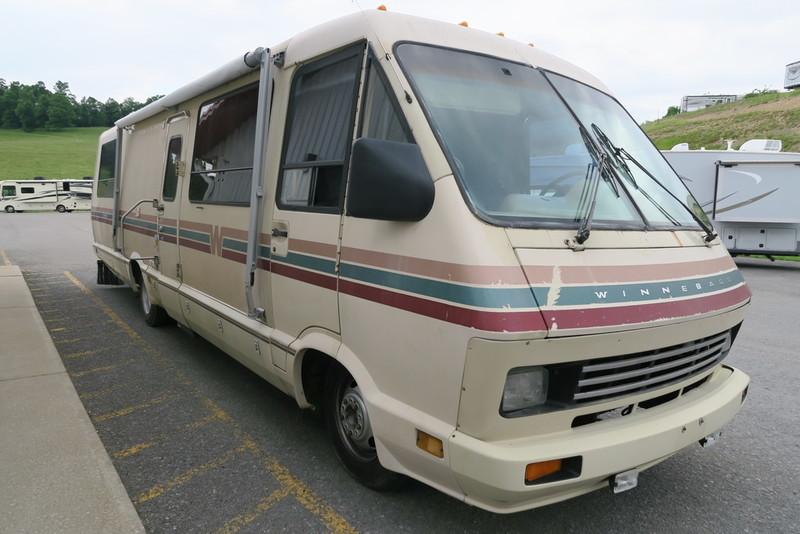 1988 Winnebago ELANDAN 37RQ