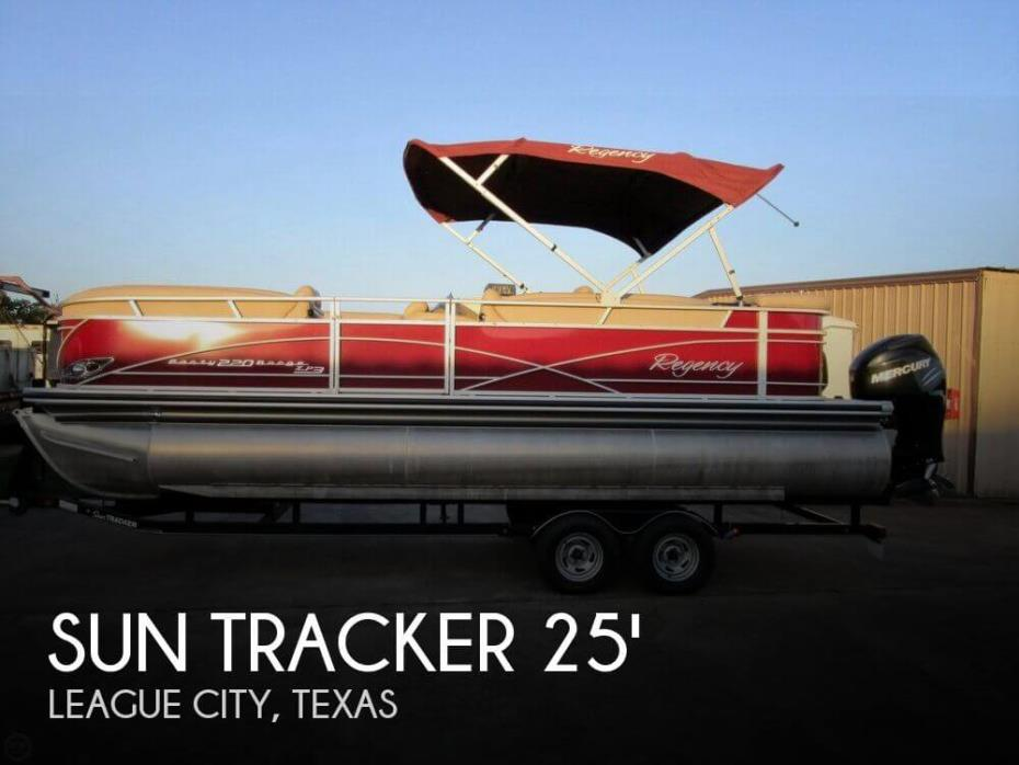 2014 Sun Tracker Party Barge 220 XP3 Regency Edition