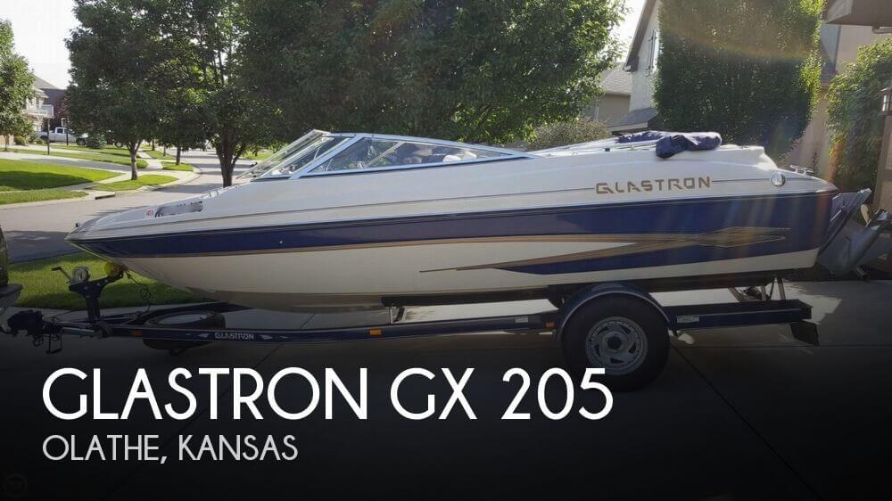 2001 Glastron GX 205