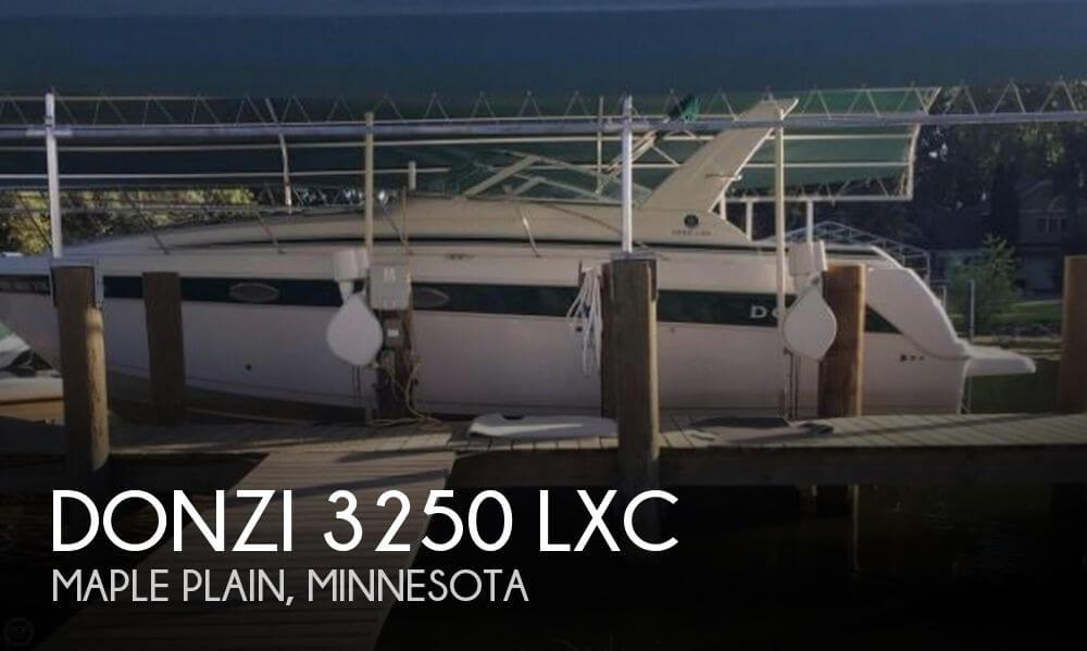 1999 Donzi 3250 LXC
