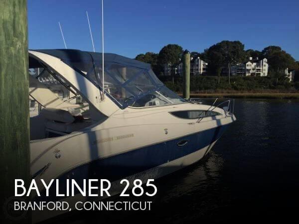 2004 Bayliner 285