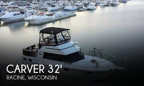 1986 Carver 3207 Aft Cabin
