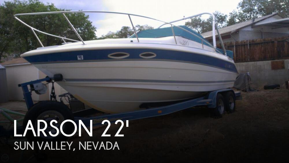 1995 Larson Hampton 220 Cuddy