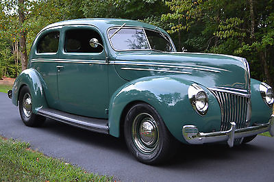 Ford : Other Sedan Beautiful 1939 Ford Deluxe Sedan Cruiser Fresh 350 Chevy street rod NICE!!