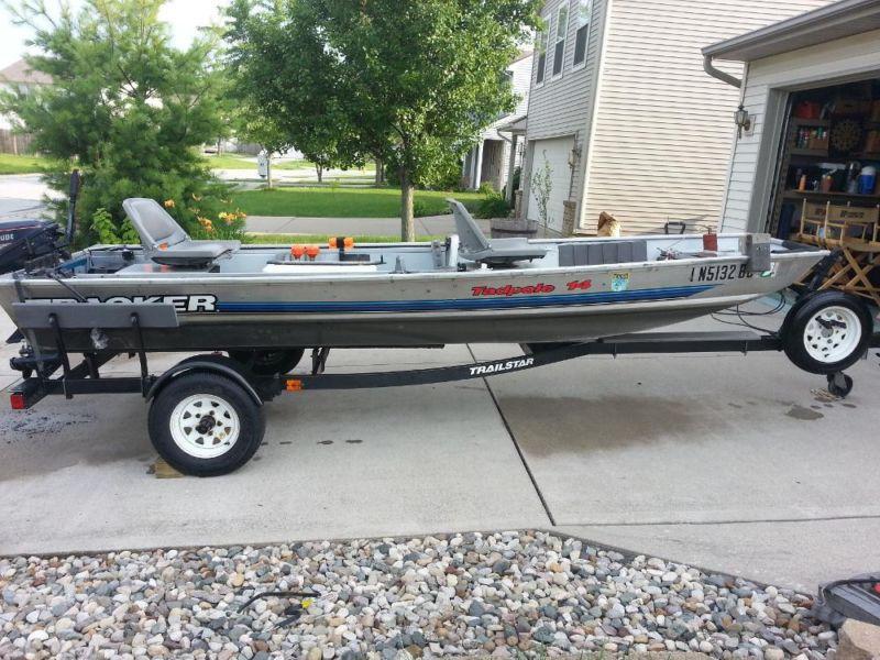 Tracker 14' Boat and Trailer. 9.9 Evinrude. 50 lb. thrust troller.