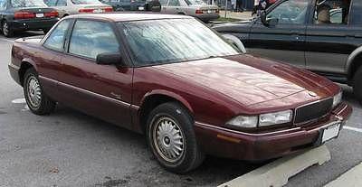 Buick : Regal Custom Sedan 4-Door 1995 buick regal custom sedan 4 door 3.8 l