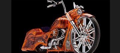 Harley-Davidson : Touring 2009 custom road king 30