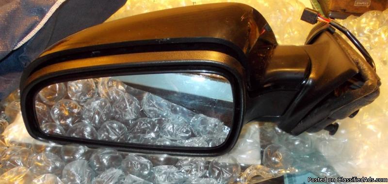 Saturn Aurora 2008 driver side electric mirror