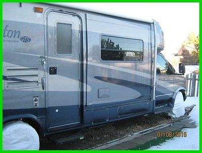 2005 Forest River Lexington 28' Class C RV Ford V12 Gas 3 Slide Out New Tires