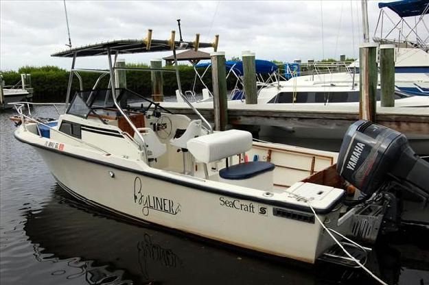 1987 Sea Craft Walkaround Cuddy