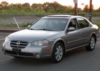 2002 Nissan Maxima 4 doors