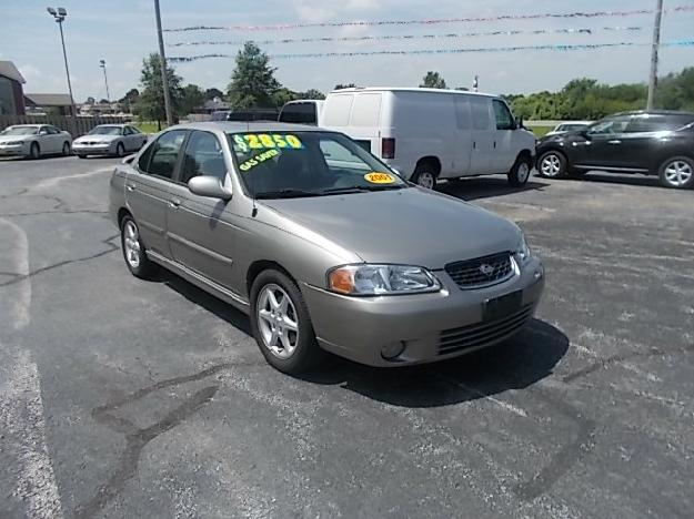 2001 Nissan Sentra SE - Wholesale Car Company, Nixa Missouri