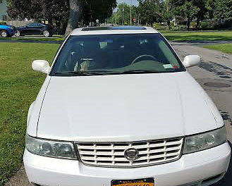 Cadillac : Seville Cadillac Seville SLS  Pearl White Excellent Condition Every option