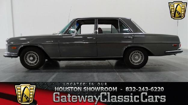 1971 Mercedes Benz 280 Se For: $19995