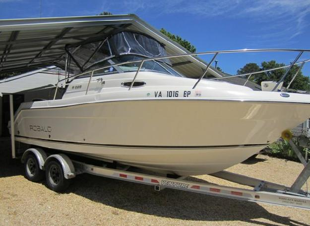 2008 Robalo (Mint! 240 Hours!)