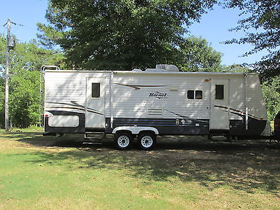 2008 keystone hornet 27 ft camper