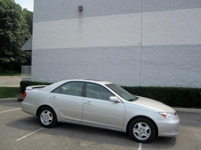 2003 Toyota Camry LE 4 Doors
