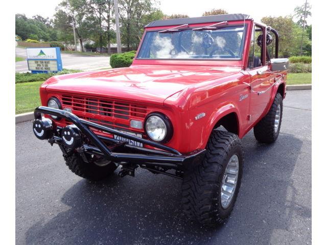 Ford : Bronco FRAME OFF!!! FRAME OFF NUT 7 BOLT ROTISSERIE RESTORATION NO EXSPENSE SPARED TRULY AMAZING!!!!