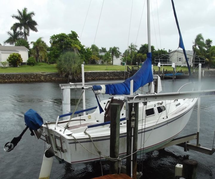 19' West Wight Potter sailboat, 3.5 Tohatsu engine and trailer