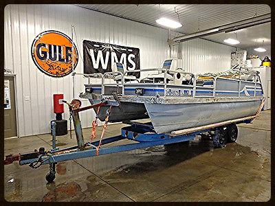 1991 Voyager LR18 18' Pontoon Boat Outboard 1990 Evinrude 40 hp Power Aluminum