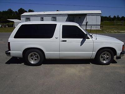 Chevrolet : Blazer Base Sport Utility 2-Door 1993 chevrolet s 10 blazer base sport utility 2 door 4.3 l