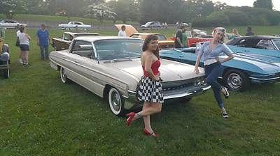 Oldsmobile : Eighty-Eight Cream 1961 oldsmobile super holiday 88 eighty eight classic antique car survivor