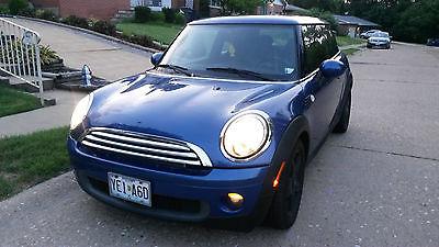 Mini : Cooper Base Hatchback 2-Door 2009 mini cooper base hatchback 2 door 1.6 l