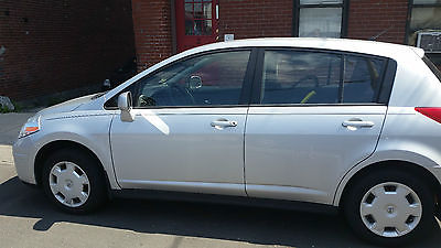 Nissan : Versa S, 4 door, hatchback 2009 nissan versa